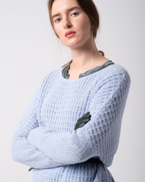 Relief Pullover